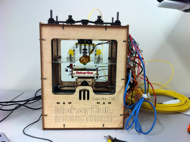 original 3d printer, basic 3d printer, makerbot, 3d kit