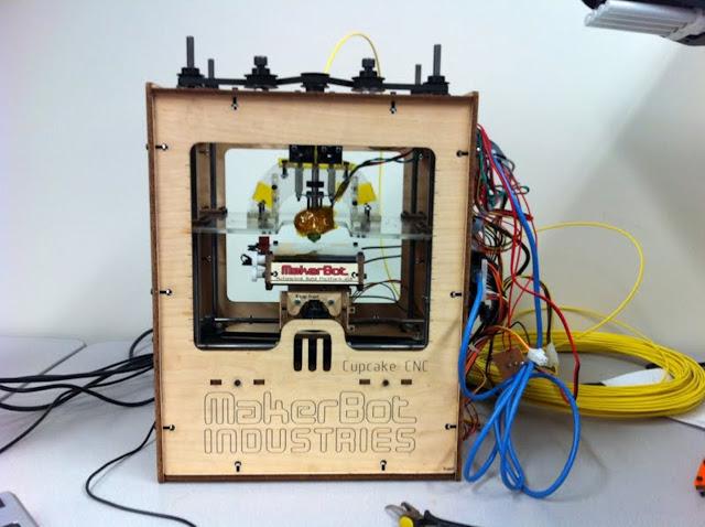 original 3d printer, basic 3d printer, makerbot, 3d kit