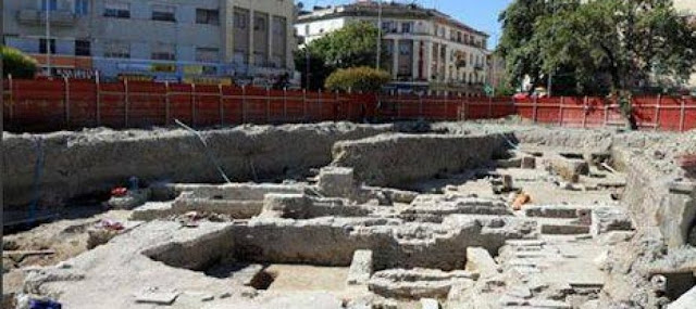 The Teater? Today's Albanian Opposition destroyed entire IIth century Roman quarter in Durrës in 2010