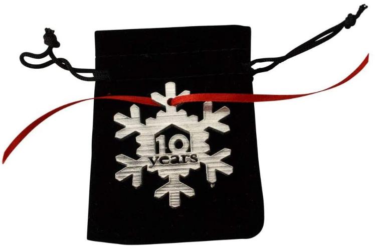 metal decorative snowflake Christmas tree