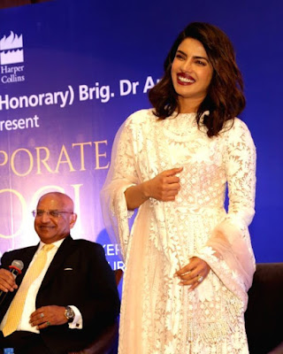 actress-priyanka-chopra-at-the-launch-of-dr-arvind-lals-book