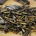 بالصور.. الإستخبارات النمساوية تعثر على مئات القطع من الأسلحة في إطار تحقيقات حول التطرف اليميني