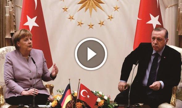 VIDEO: Sebut 'Teroris Islam' Saat Konferensi Pers, Kanselir Jerman Ini Langsung Ditegur Oleh Erdogan