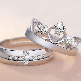 Trendy Couple Ring love shape