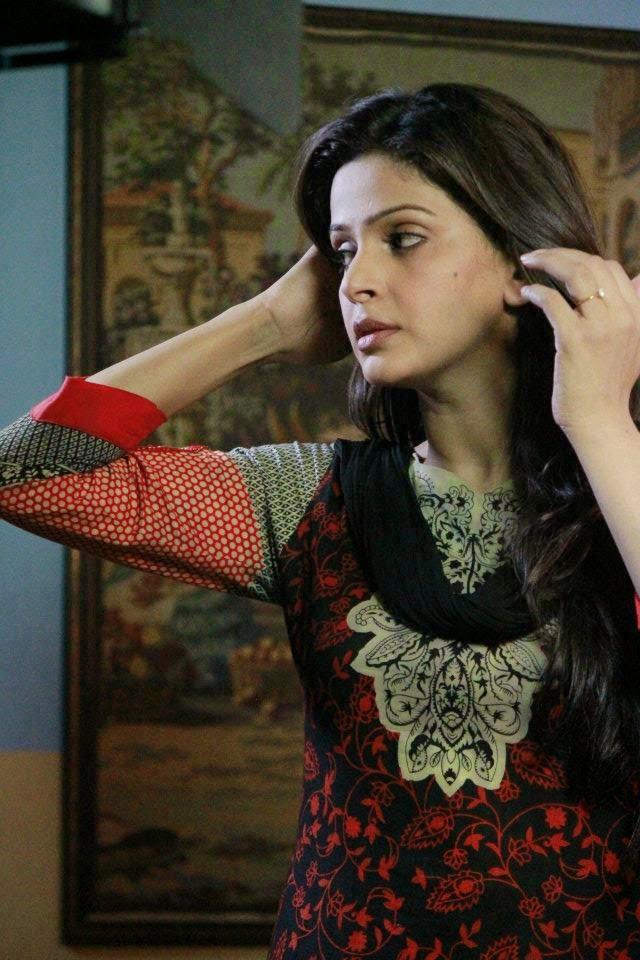 Hot Mujra Pakistani Desi Girl Nighty Dress With Boyfriend