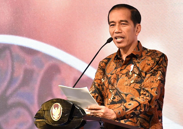 Jokowi Ingatkan Pentingnya Penyederhanaan Perizinan
