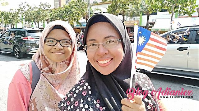 Perbarisan Hari Kemerdekaan | Nurin & Puteri Islam