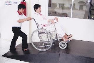 Pelatihan merawat orang sakit bagi calon TKW di BLK