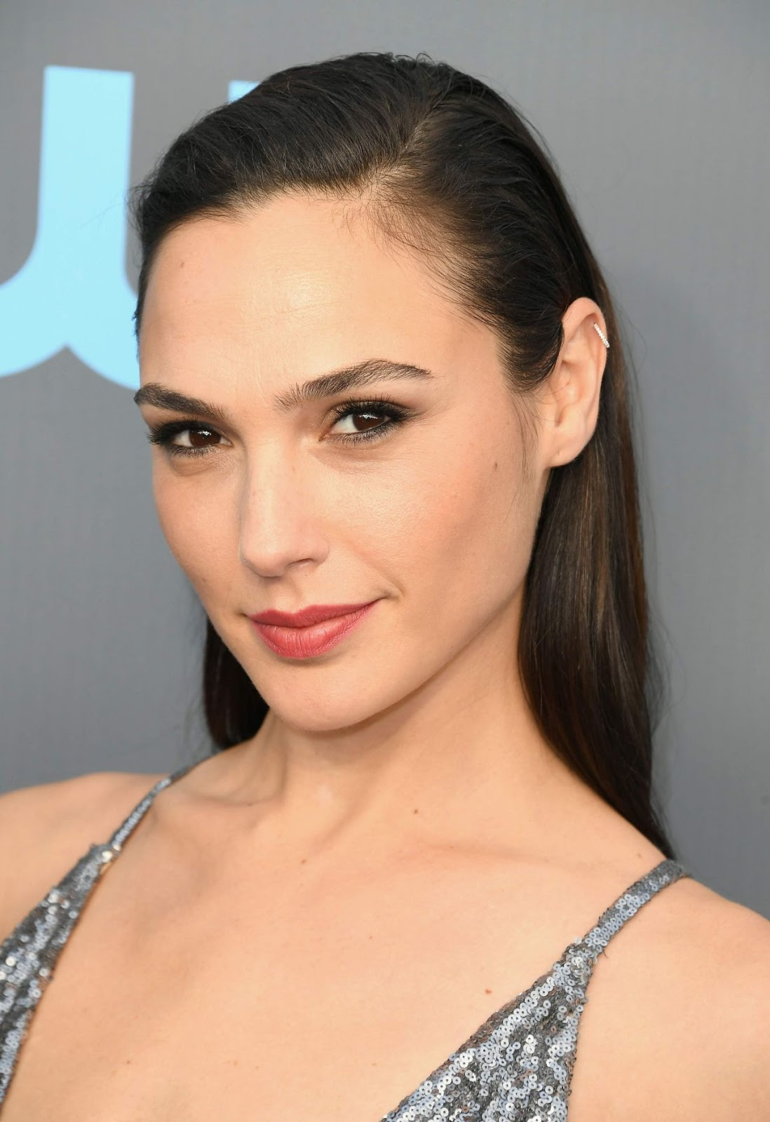 Gal Gadot – 23rd Annual Critics' Choice Awards Pictures