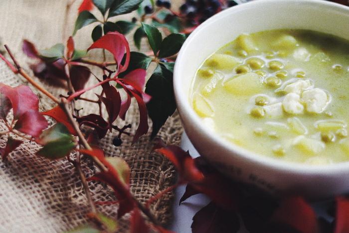 Zupa z groszku i fety