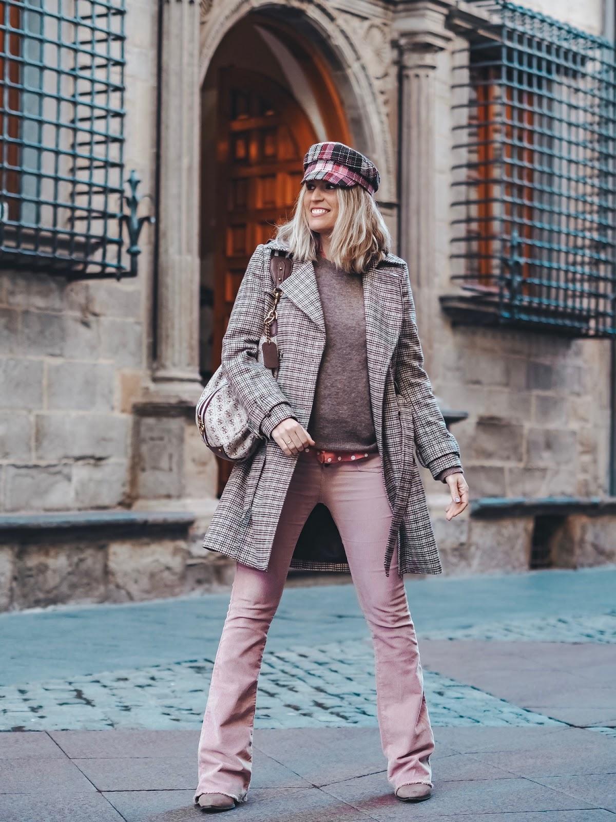pantalón campana rosa