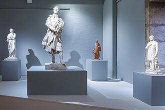 Ailleurs : Espace Lamartine du Musée des Ursulines, redécouvrir les différentes facettes d'Alphonse de Lamartine, homme de lettres et politique avant-gardiste - Mâcon