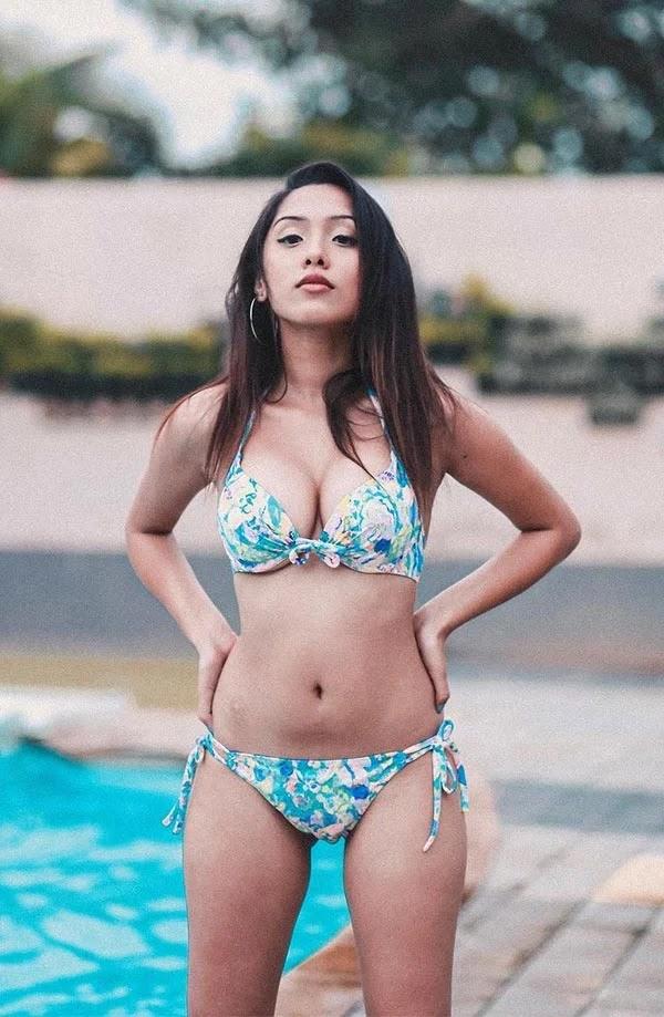 Bikini photos of Shreya Chadda - Indian Instagram model.