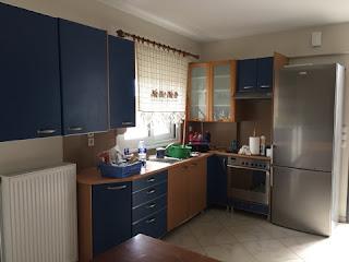 Ενοικιάζεται πλήρως επιπλωμένο οροφοδιαμέρισμα  στην Μυτιλήνη. Τιμή 300€
