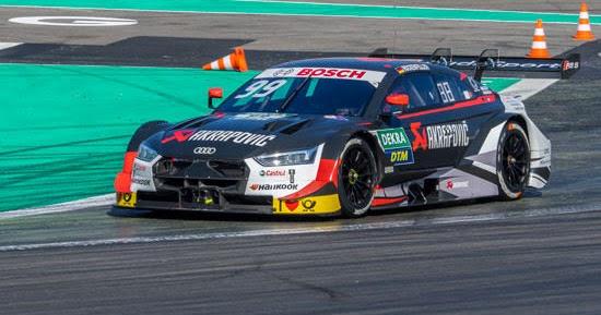 Rookies und Routiniers testen Meisterauto Audi RS 5 DTM