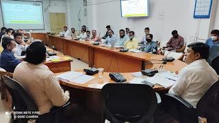 कलेक्टर ने जिला परियोजना प्रबन्धन समिति की बैठक में दिये निर्देश