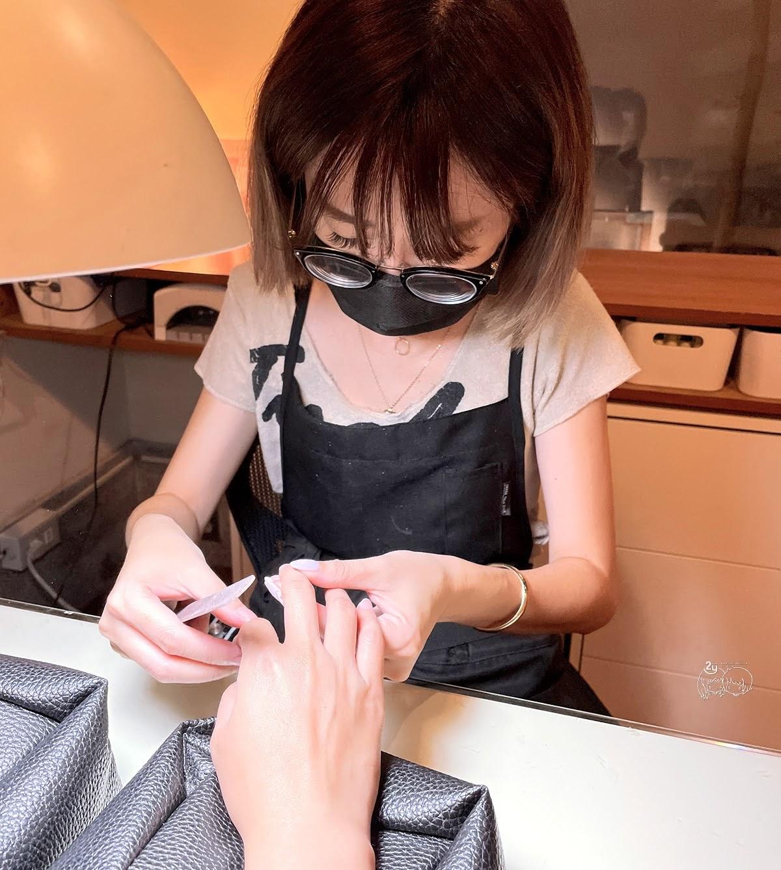 台南美甲|中西區 N&F ART SALON手足美甲|高品質凝膠指甲