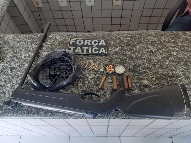 Valença do Piauí: Homem preso com arma de fogo e drogas.
