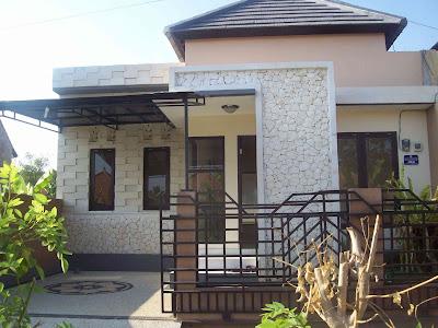 gambar desain teras rumah minimalis dengan motif batu kali