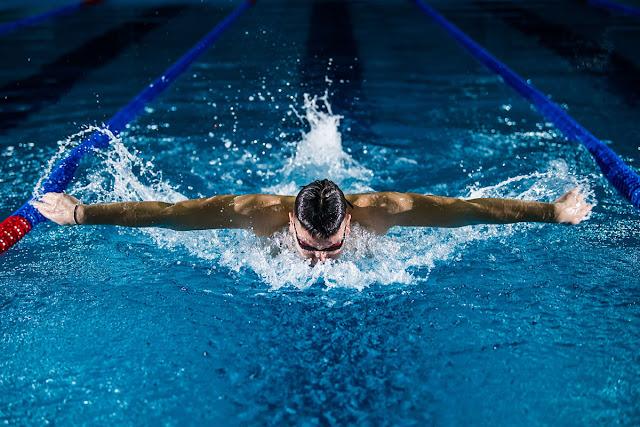 Manfaat Berenang Secara Rutin