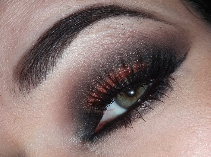Maquiagem Preto esfumado laranja