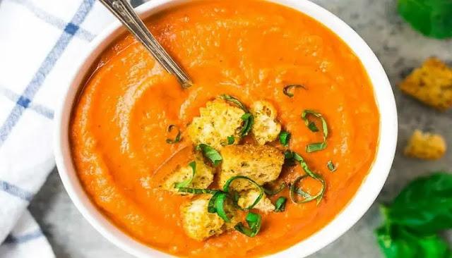 Sopa especiada con zanahorias y lentejas