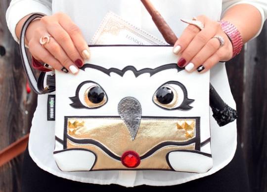 Hedwig purse