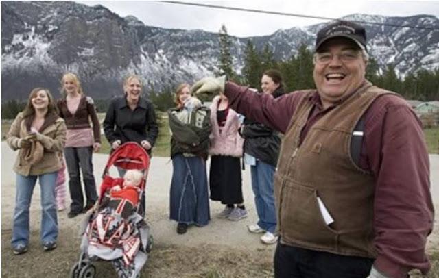 الرجل الأكثر زواجا في كندا لن تصدق كم عدد زوجاته وما عدد أطفاله منهم !!  هذه بعض زوجاته شاهد الصور !!