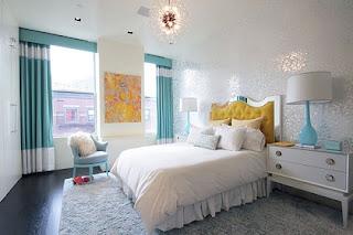 Dormitorio turquesa con blanco
