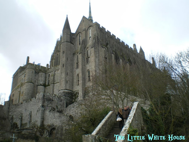 http://thelittlewhitehouseontheseaside.blogspot.fr/2013/04/mont-saint-michel_2.html