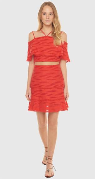 cropped e saia look vermelho para festas de final de ano BO.BÔ