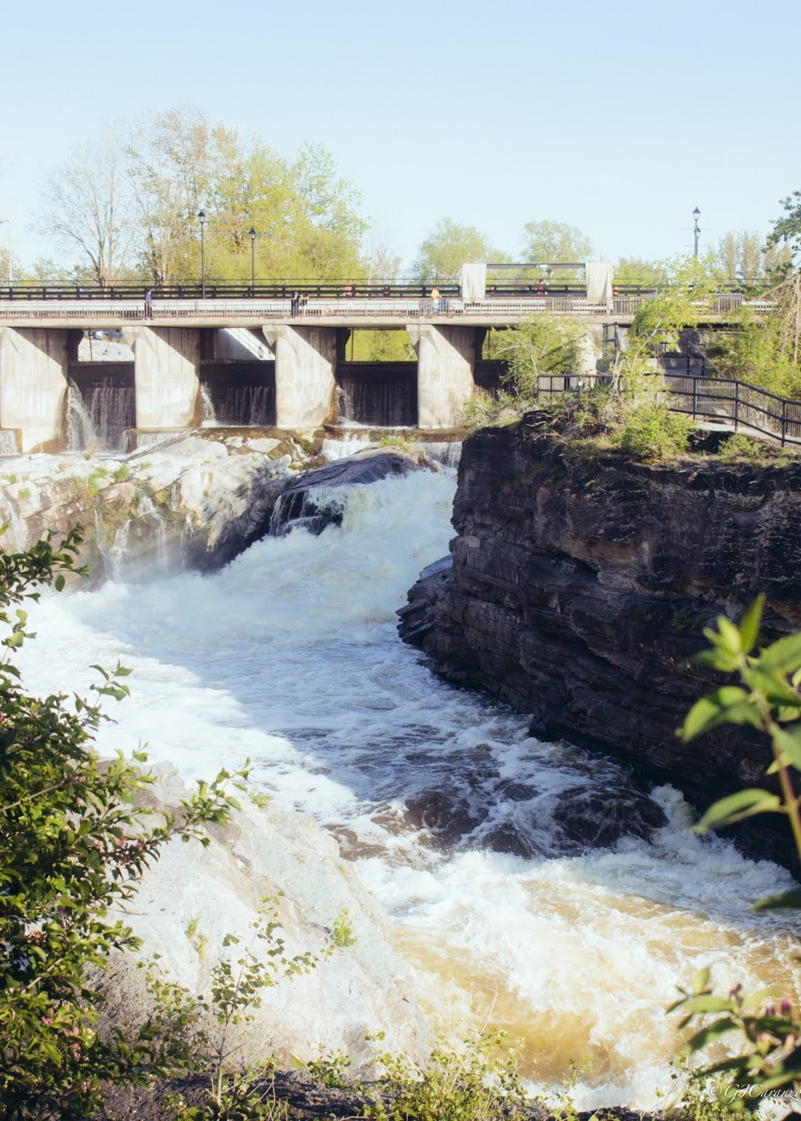 Places To See in Ottawa, Ontario, Canada: Hog's Back Fall