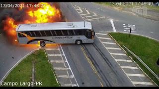 ASSISTA! Acidente entre carro, ônibus e caminhão na PR-423 deixa uma pessoa morta