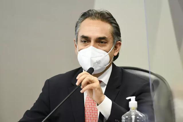 Carlos Murillo diz que Pfizer fez três ofertas de vacinas para o Brasil em 2020