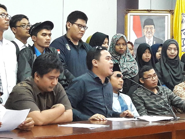 Jokowi-JK Membisu, Presiden BEM UNS Lintas Generasi Menyeru 28 Oktober Turun ke Jalan