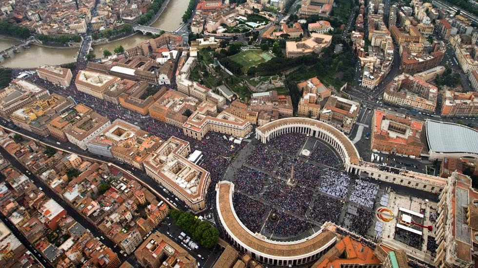 42. St. Peter's Square, Vatican City - 50 Stunning Aerials That Will Make You See the World in New Ways (PHOTOS)
