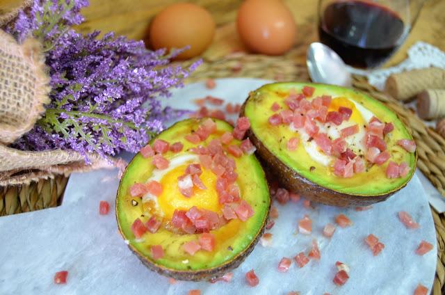 las delicias de mayte, aguacate, aguacate relleno, aguacate relleno con huevo, aguacate relleno de huevo, aguacate relleno de huevo y jamón serrano, aguacate relleno huevo, aguacate relleno receta,
