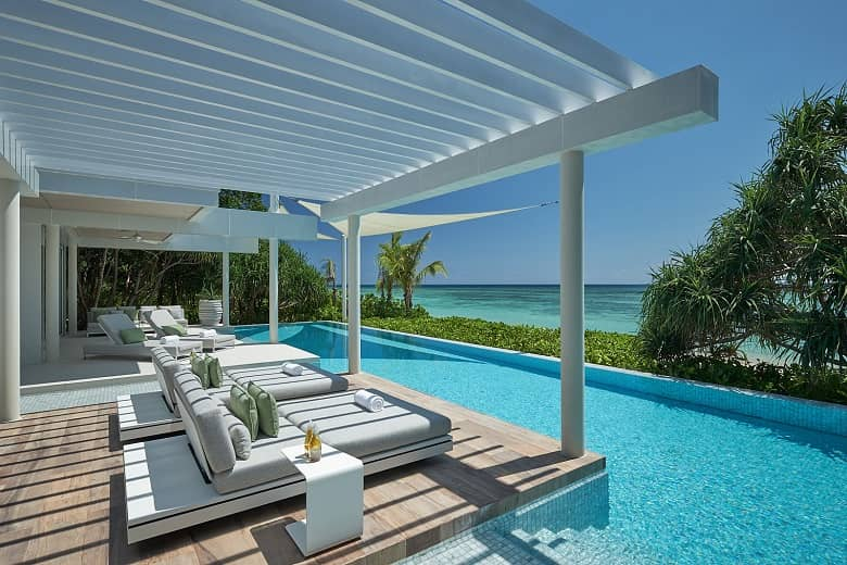 Magnificent Beach-front Villas - Banwa Private Island