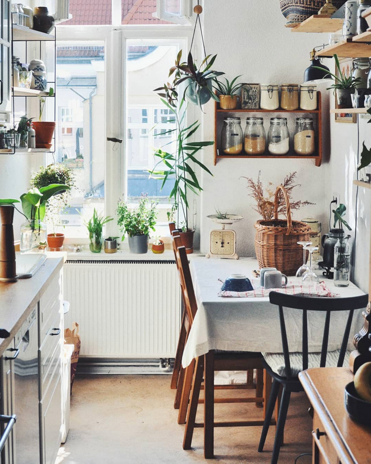 Small Spaces: Grandma Style Meets Urban Jungle in a Berlin Rental Decorated on a Shoe-string