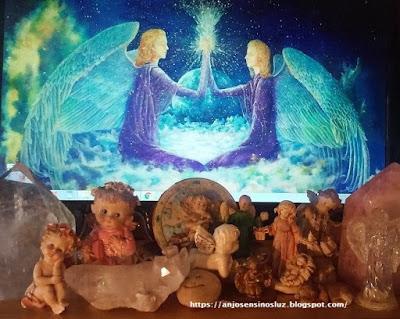 'Click on the Angels' e conheça também: