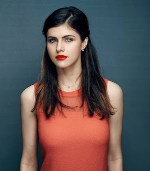 Alexandra Daddario Beautiful Celebrities