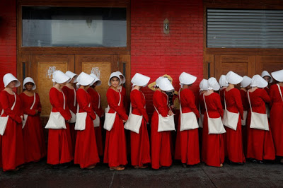 the handmaids tale hierarchy