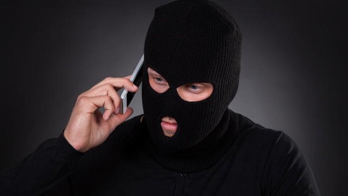 penipuan lewat telepon