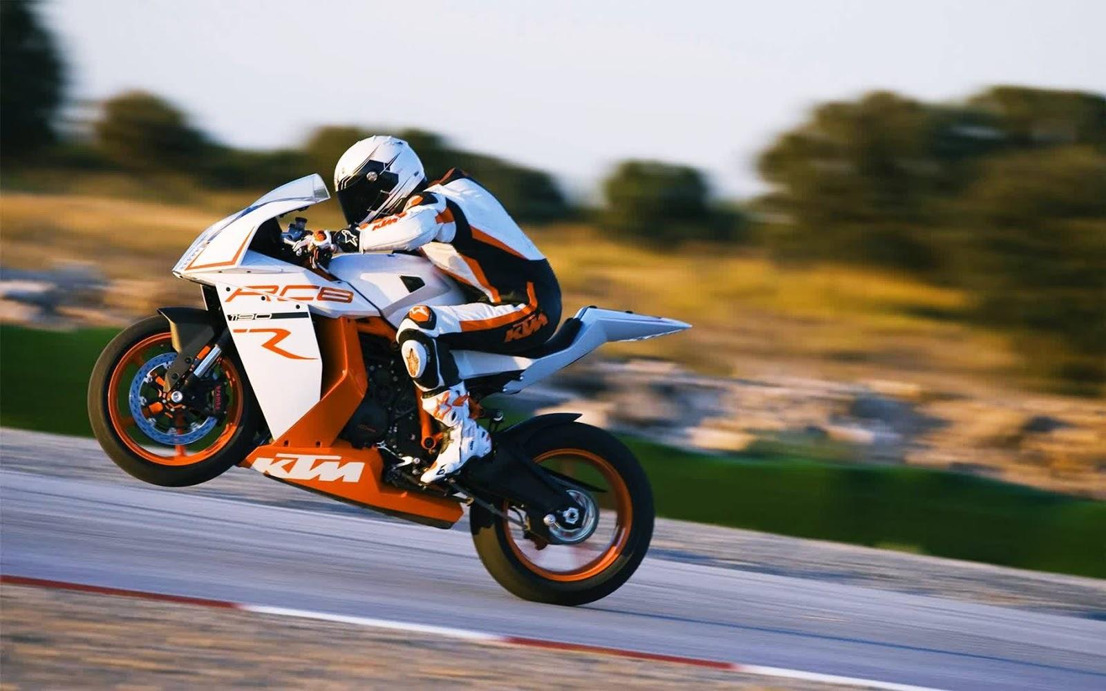 Gambar foto balap motor dengan teknik panning