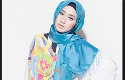Contoh Busana Muslim Dian Pelangi