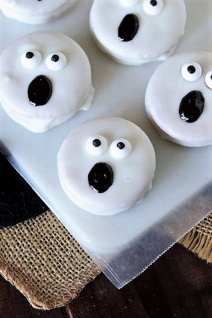Ghost Halloween Peanut Butter Ritz Cookie or Oreo Image
