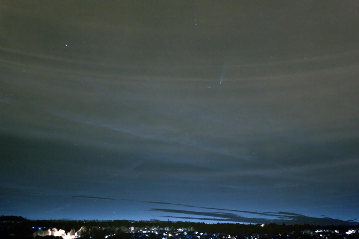"Komet ""NEOWISE"" – C/2020 F3 als farbiges Infrarotbild"