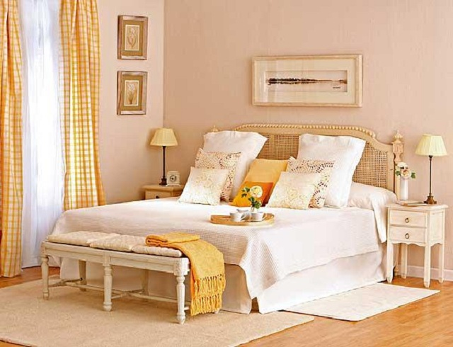 Dormitorios en tonos naturales for Sillas para habitacion matrimonio