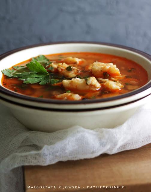 lekka zupa rybna, morszczuk w rosole, rosół z ryby, daylicooking