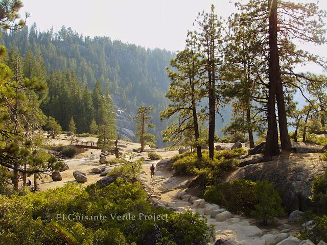 Camino a Nevada Fall en Yosemite, por El Guisante Verde Project